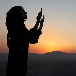 20 хадисов о достоинствах женщин