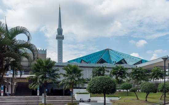Мечеть Масджид Негара в Малайзии